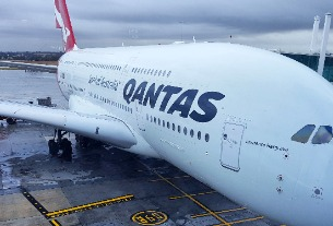 Qantas hides super cheap FIRST CLASS seats on Airbnb