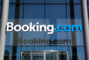 Booking Holdings announces leadership transition at Booking.com