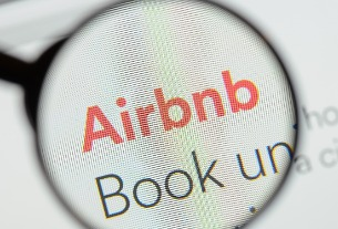 Airbnb offers 50% savings on corporate bookings