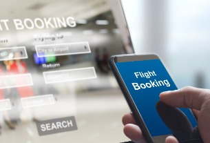 Ctrip teams up with Air China to launch mixed payment for flight tickets