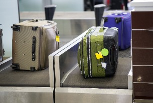 China Eastern debuts world-first smart luggage tags