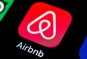 Airbnb's atypical unicorn story
