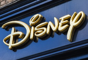 Shanghai Disney sued by student over no-outside-food policy