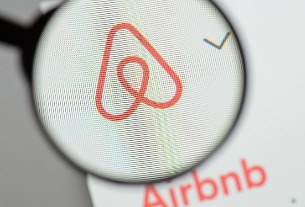 Airbnb searching for TV exec to run video effort