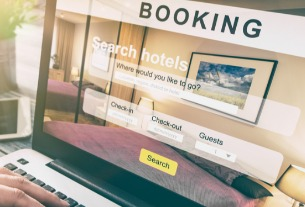 Hotel bookings through global distributors and suppliers down 80% in early April