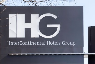 International hotel groups gradually resume full operations in China