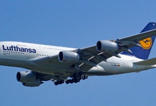 Lufthansa touches down in Nanjing; international flights resume
