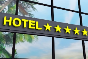 China reports a total number of 9,923 star-rated hotels in Q2
