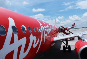 Hong Kong businessman and poker player Stanley Choi backs AirAsia with HK$ 400 million investment