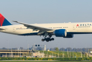 Delta's US-China flights signal recovery
